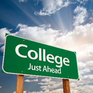 Road sign indicating that college is just ahead