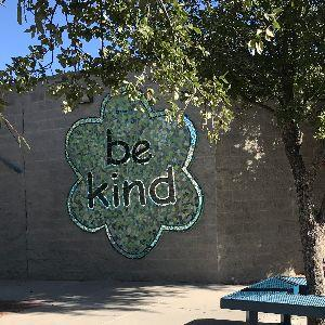 Cloverleaf Be Kind Mural